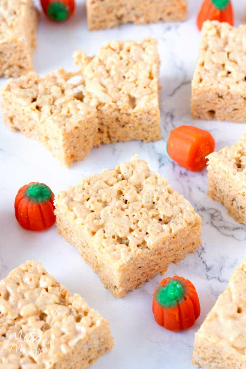 pumpkin spice rice krispie treat