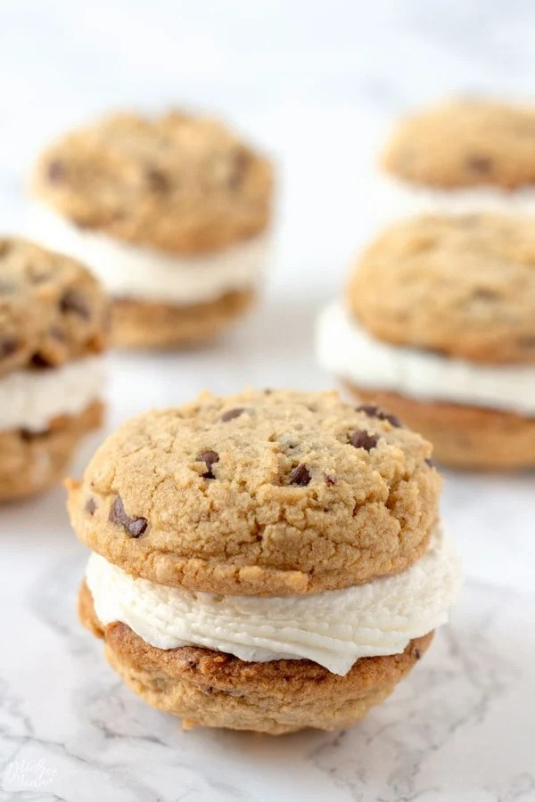 Frosting stuffed Chocolate Chip Cookie