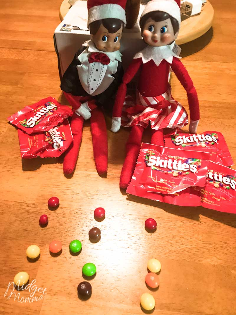 Elf on the shelf Ideas for Toddlers - Elf brings a sweet treat