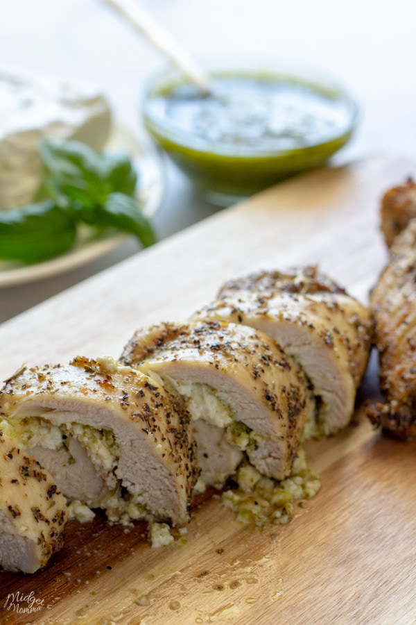 Stuffed chicken breasts recipe with pesto and feta