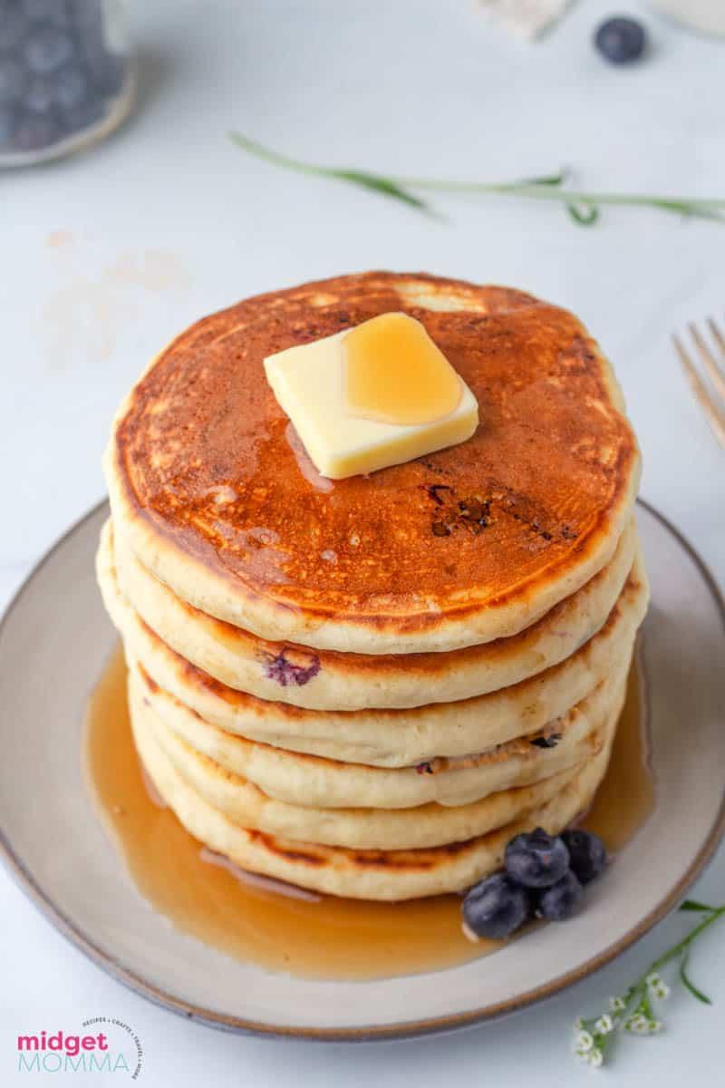 Fluffy Homemade Blueberry pancakes