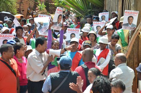Dadou : Grande marche à travers le IIIe arrondissement