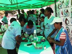 Fort engouement lors du dépistage du diabète au grand port, à Toamasina. (Photo Jean-Claude Steve)