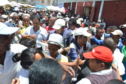 Dadou : Accueil triomphal à Andravoahangy Tsena