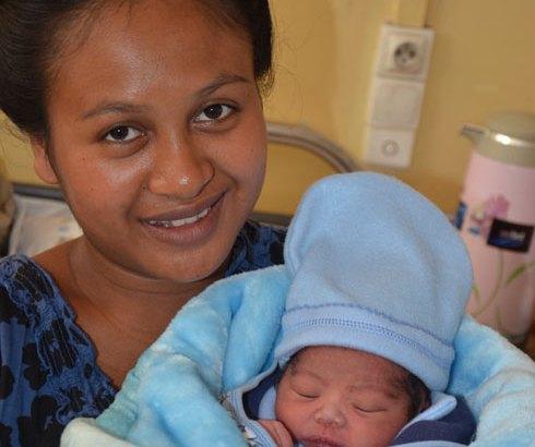 1er janvier : Des naissances aux premières heures de 2014