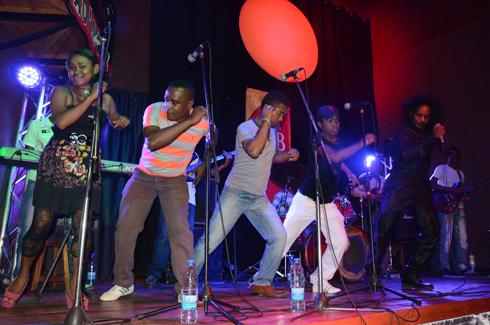 Musique tropicale : Le salegy môtro à l'honneur avec  Din Rotsaka  et Flave
