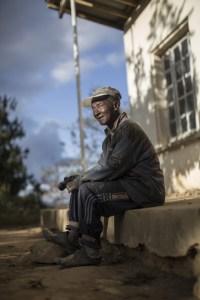 Des malades souffrant des séquelles de la lèpre à Marovahy, accompagnées socialement par la fondation Raoul Follereau. (Photo site Raoul Follereau)