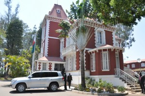 Le palais de Mahazoarivo attend son prochain locataire.