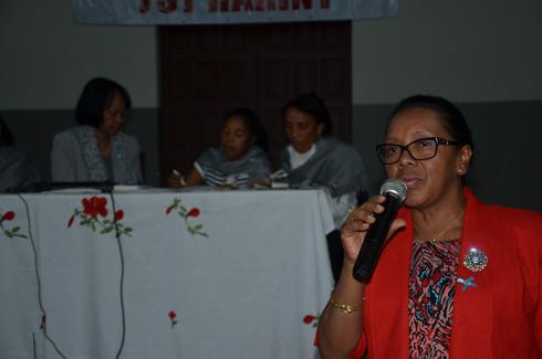 Tranompokonolona Analakely : Christine Razanamahasoa et Lalatiana Ravololomanana même combat