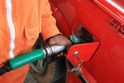 Vérité des prix des carburants : Une hausse de 300 Ar/litre pour l'essence et 500 Ar/litre pour le gas oil