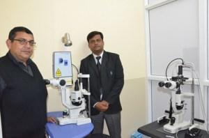Présentation des nouveaux matériels hier au centre Dr Agarwal's Eye Hospital. (Photo Yvon)