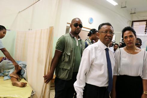 Hery Rajaonarimampianina : Offensive de charme à Mahajanga