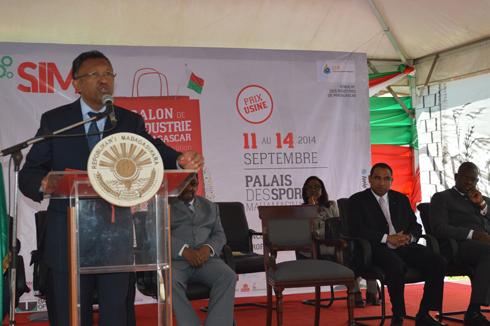 Salon de l'Industrie de Madagascar – « Une nouvelle politique industrielle est en vue » selon  le Président Hery Rajaonarimampianina