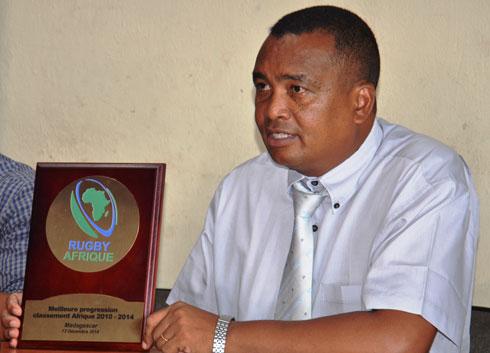 Rugby Afrique : Madagascar a reçu le trophée «  Meilleure progression au classement »