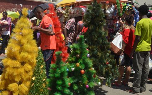 Antananarivo : Une ambiance de fête… dans un décor sale et insalubre !