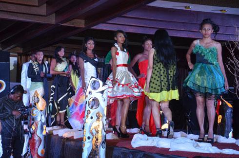 Tendances show : La mode sous toutes les coutures