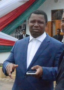 Le Questeur I de l'Assemblée nationale hier à Iavoloha.