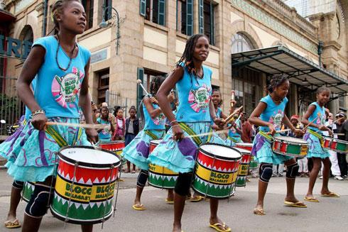 Bloco Malagasy : Meilleur groupe de l'année 2014 selon no comment !