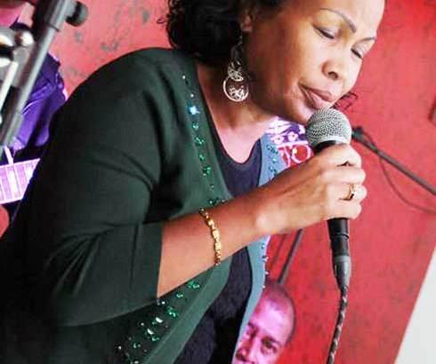 « Fara West » Faravohitra : Voahirana Andriambelo en mode jazz blues