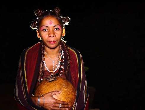 Kie tsy mivaky tano, le verbe poétique du sud