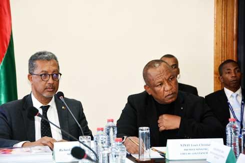 Bonne gouvernance : Séance de travail entre le P.M et le MEF