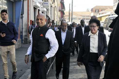 Coopération Madagascar – Inde : Deux plaques commémoratives inaugurées