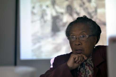 Café littéraire : La circoncision sous le prisme politique avec Jacqueline Ravelomanana