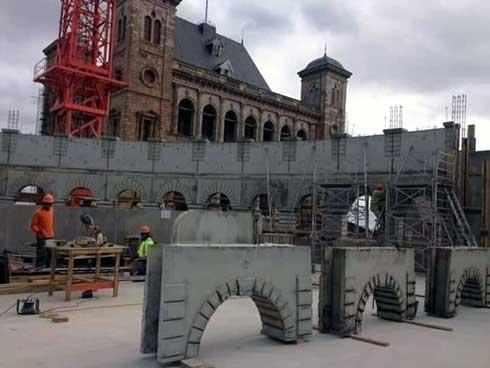 Patrimoine : Un colisée(coliseum) en construction en plein Anatirova