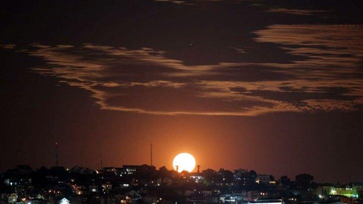 Photographie :Le duo Soleil/Lune vu par Tangalamamy