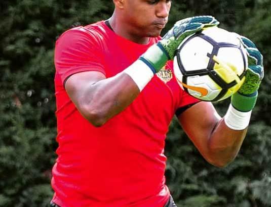 Football :Melvin s'entraîne intensément!