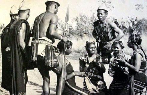 Histoire : Le passé douloureux des » habitants des épines»