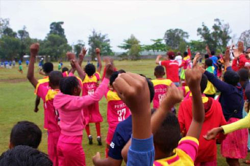 Football : L'EFAM élargit ses relations