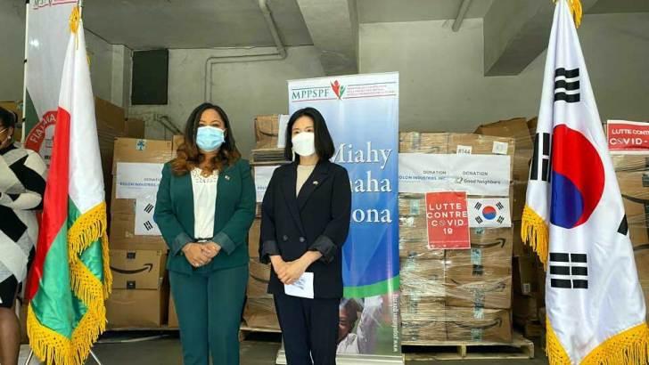 Corée du Sud :Don de vêtements d'une valeur de 237463 dollars pour Madagascar