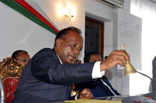 Rivo Rakotovao : Fonds spéciaux coupés pour le président du Sénat