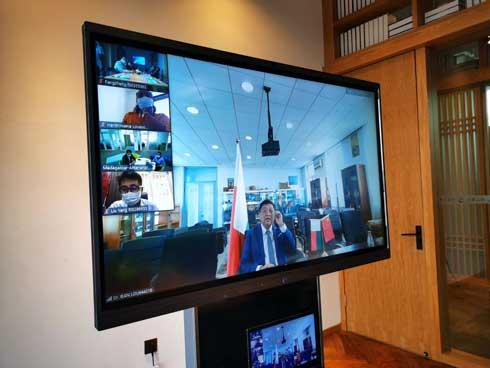 Huawei : Rencontre avec les étudiants malgaches de Wuhan