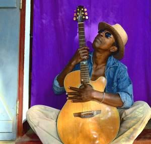 Musicologie :Le Tsapiky décortiqué par des experts