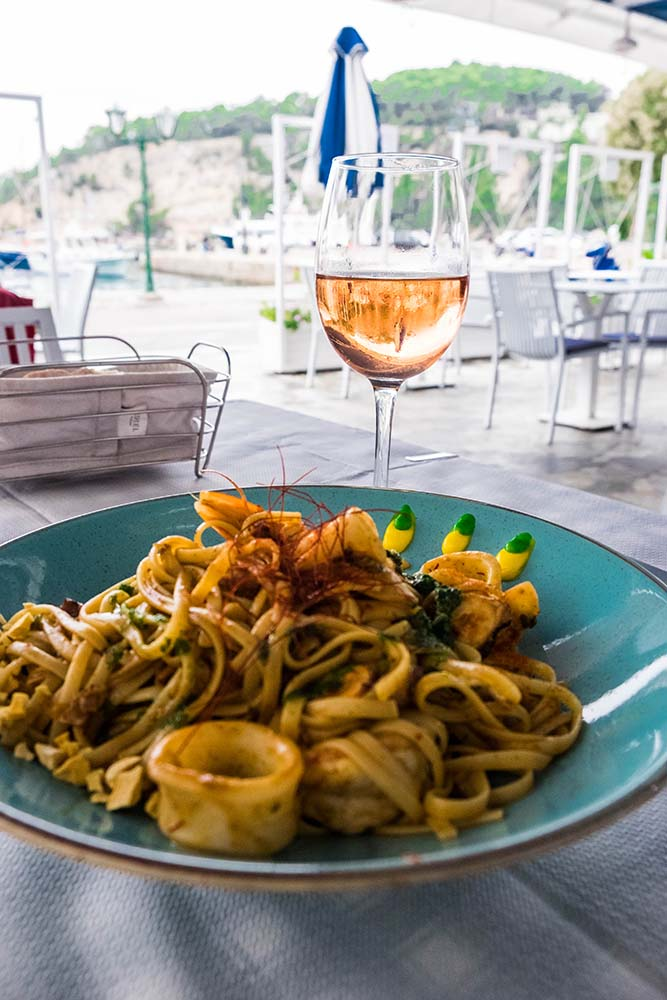 Looking for the best pasta dishes in the world? You have come to the right place because this pastaholic will tell you where to find them: Italy, Greece, Malta, New York, and Bali await.