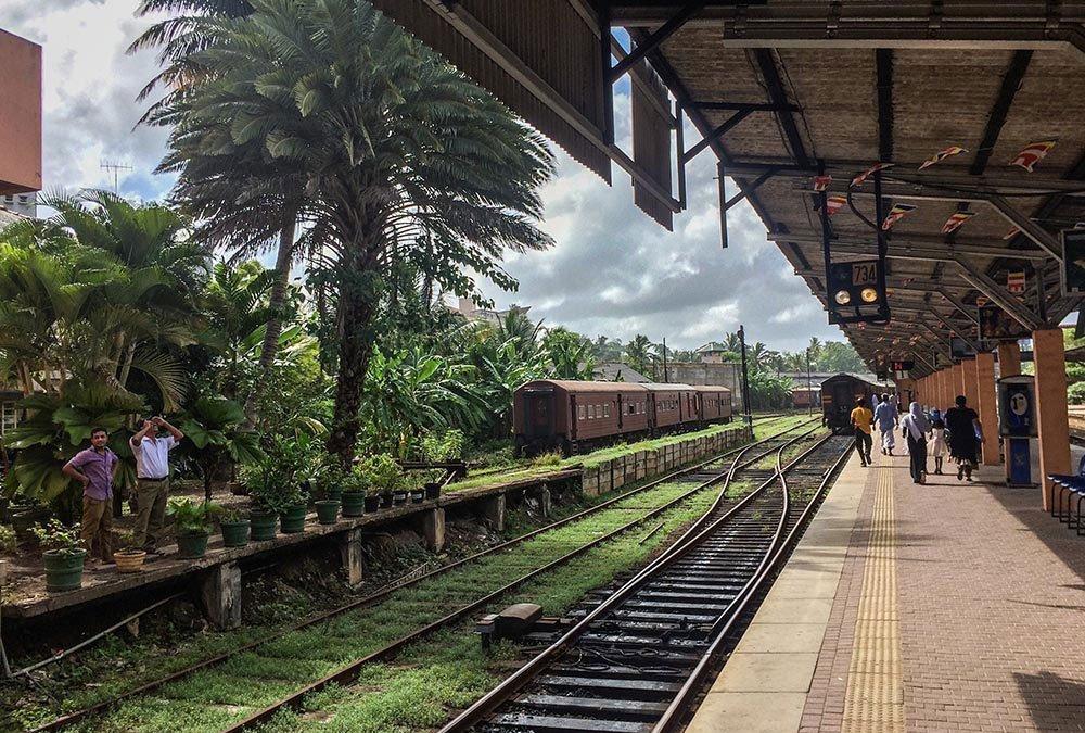 Twenty-Something Sri Lanka Photos that will make you want to go now!