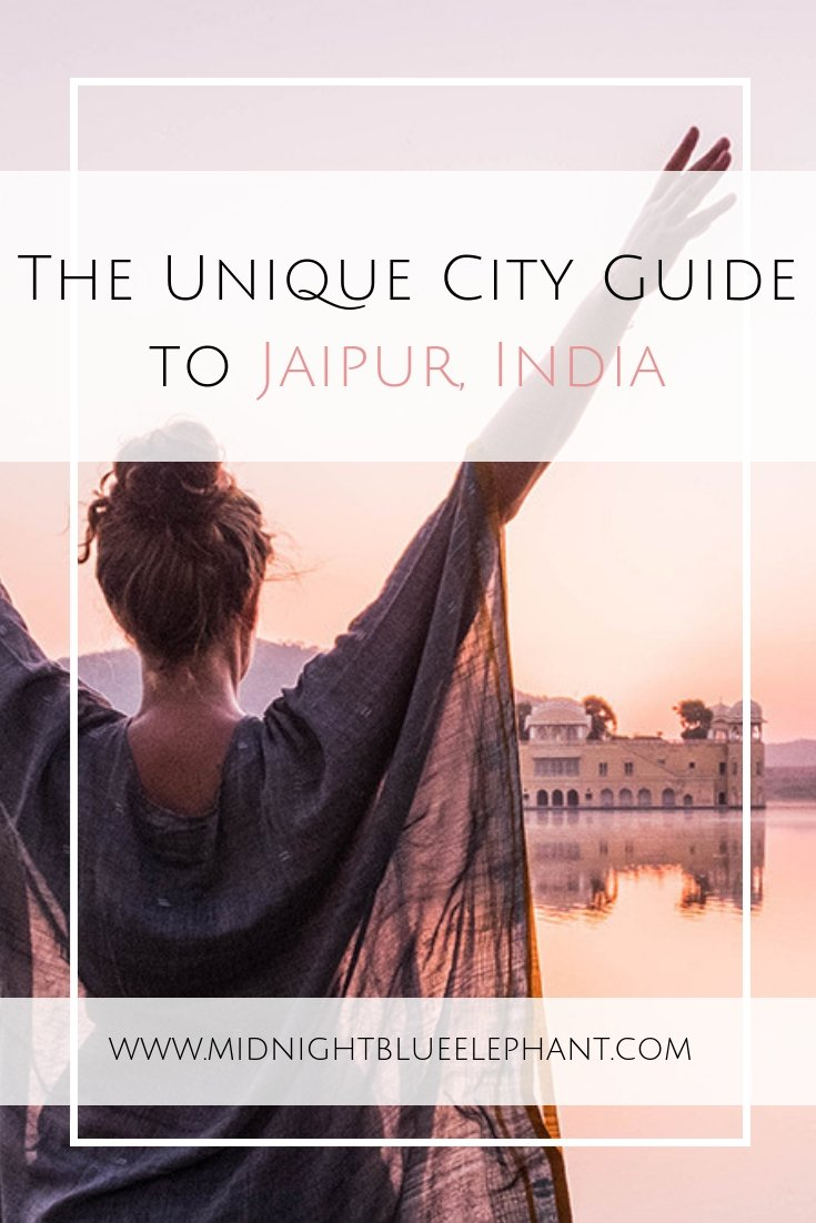 Heading to India's pink city? Check out my Elephant's Guide with the best things to do in Jaipur, where to stay, what to eat and how to get around. #india #incredibleindia #jaipur #pinkcity #jalmahal #hawamahal