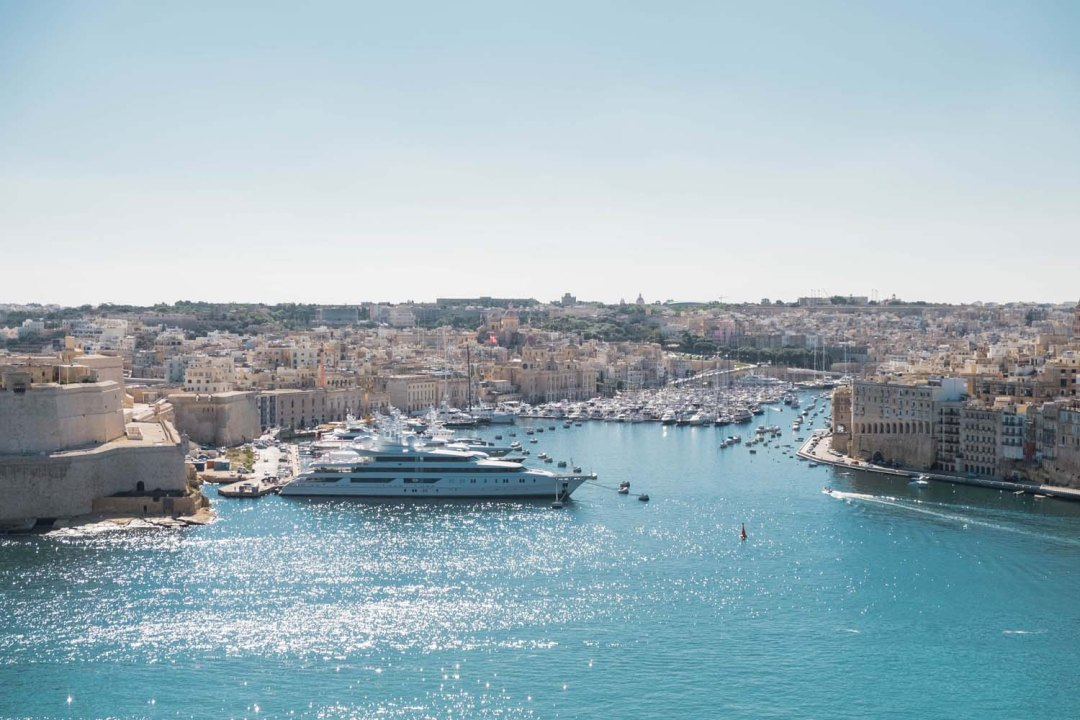 Malta is tiny but mighty. Europe's 5th smallest country really knows how to pack a punch with plenty to explore and do around its cities Valletta, Mdina, and Rabat. I share cool things to do in Malta & travel tips on where to stay and how to get around.