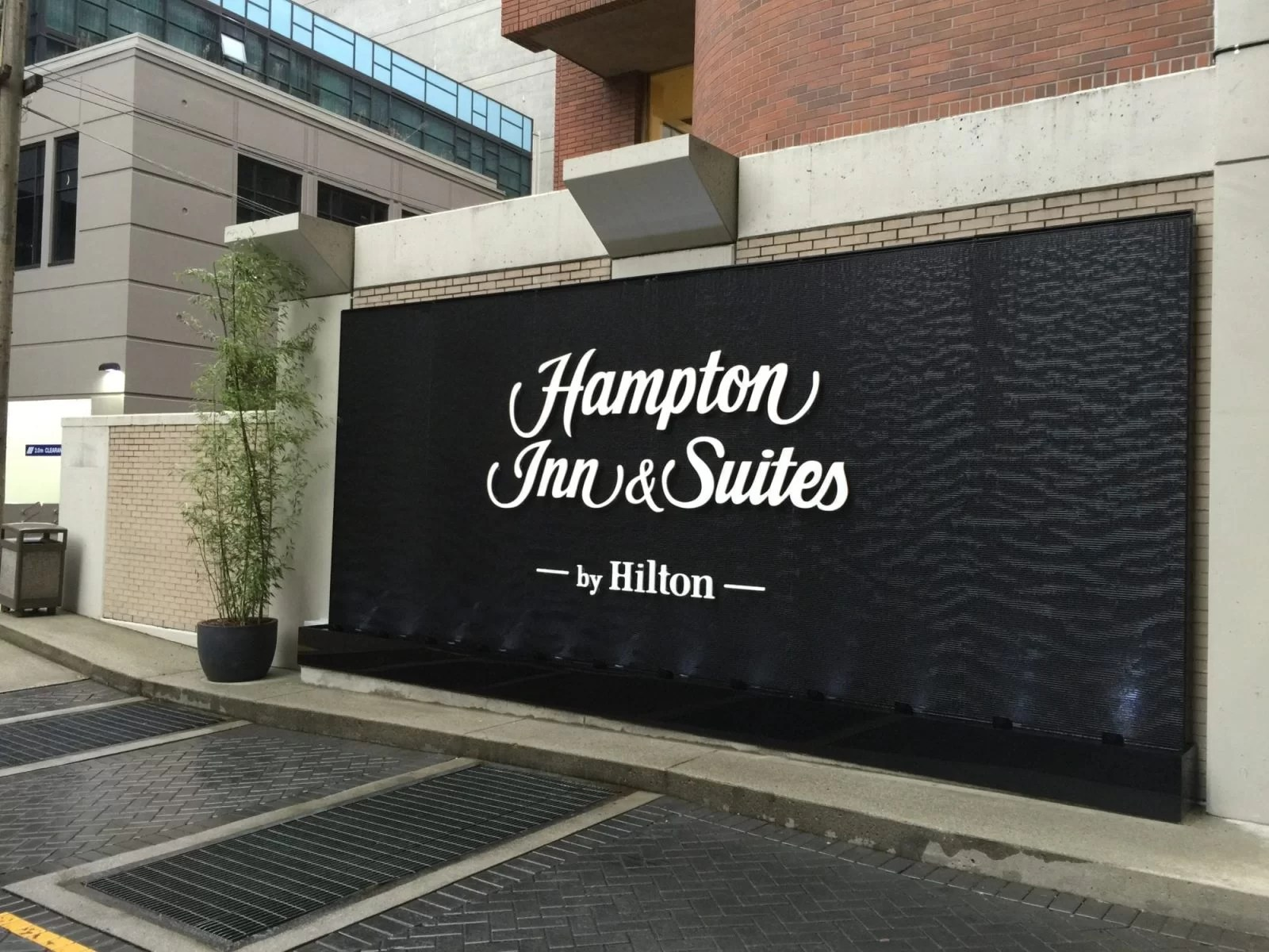 Black Scored Acrylic Water Wall Aquafall with Logo for Hampton Inn Vancouver Canada 2