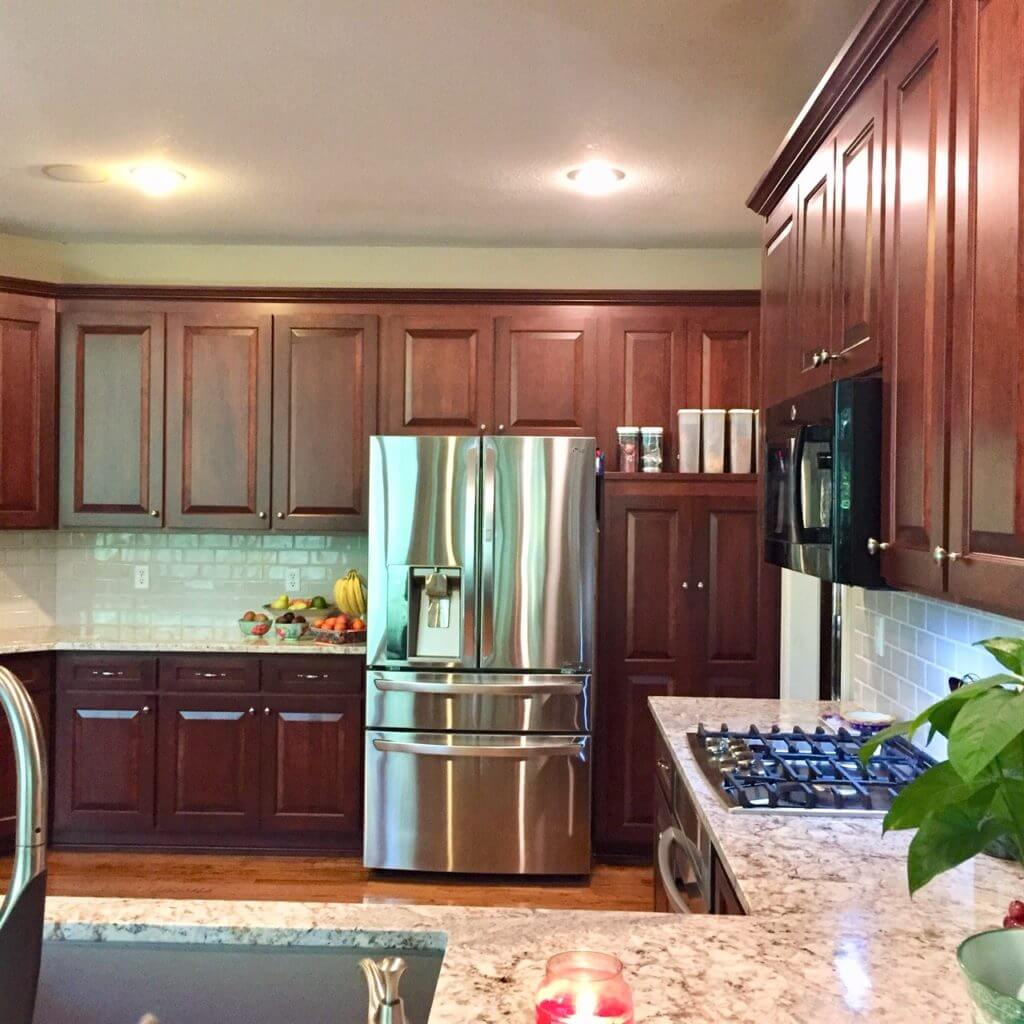 Cabinet Refacing Vs Refinishing Midwest Kitchens Cabinet