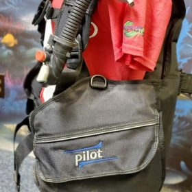 SCUBAPRO PILOT BCD Size Large w/ inflator, USED  GEAR