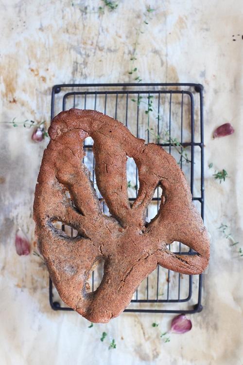 Cap. 4- Fougasse al grano saraceno, aglio e timo