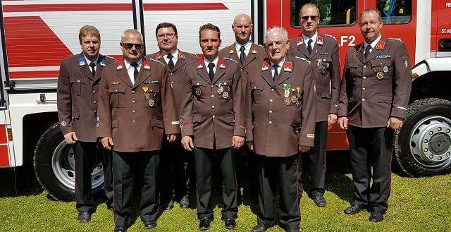 Feuerwehr Miesenbach: Ehrungen und Auszeichnungen verdienter Kameraden