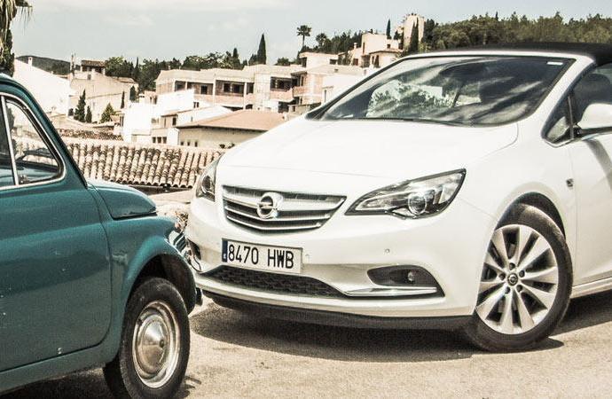 Mietwagen im Sommerurlaub - ein Cabrio von Sixt für Mallorca