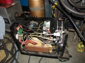 reversing output polarity of Snapmig 130 Turbo, or will it run backwards or blowup? | MIG