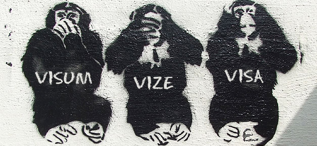 Das Dreiaffenprinzip - nichts gehört, nichts gesehen, nichts gesagt © grahamc99 auf flickr.com (CC 2.0), bearb. MiG