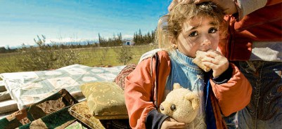 syrisches Kind, Kind, Syrien, Flüchtling, Angst, Teddybär