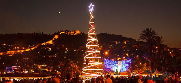 Alanya, Türkei, Weihnachten, Weihnachtsmarkt, Weihnachtsbaum